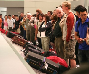 Baggage Crowds